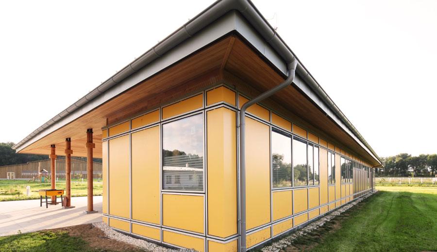 therapiezentrum-lukas-lang-building-technologies-aussenansicht-2
