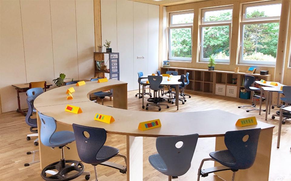AB_Bildungsbau_Interieur_ICV_Klassenraum_2_©LLBT