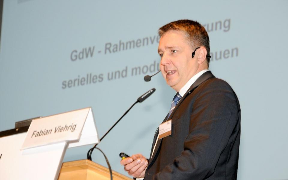 Präsentationspic Hr. Viehrig GdW IHF2018